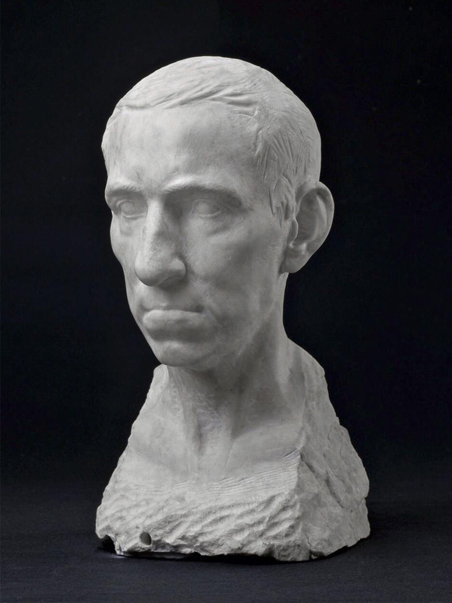 Портрет Владимира Волосатова. Высота 38,5 см, мрамор
